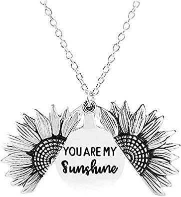 """Collana con medaglione a forma di girasole con incisa la scritta in inglese """"You are my sunshine"""", da donna, in confezione regalo"""