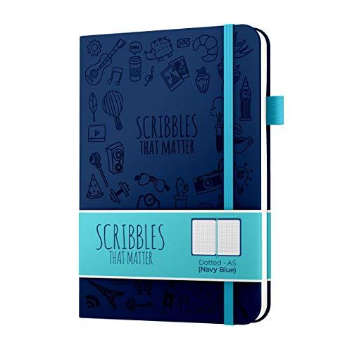 Diario punteggiato A5 di Scribbles That Matter - Bullet Journal Notebook punteggiato - Carta amichevole per penne stilografiche spesse senza sbavature - rilegata - Versione iconica - Blu navy
